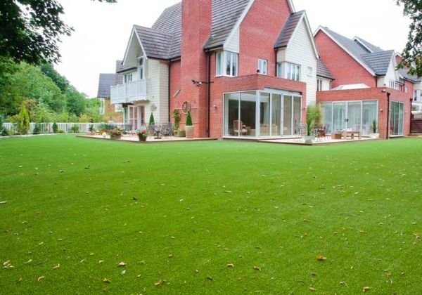 faux grass for gardens